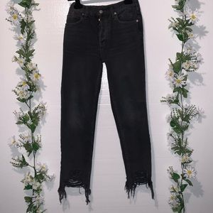 FREE PEOPLE: Chewed up mid rise straight jean